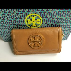 Tory Burch AMANDA Wallet tan leather Continental